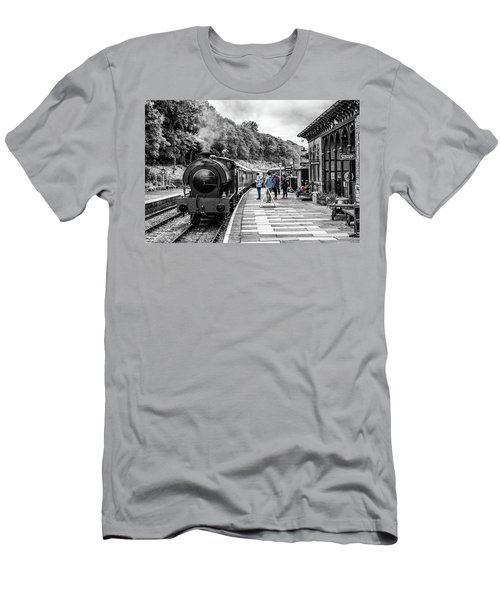 Travellers In Time Men's T-Shirt (Athletic Fit)