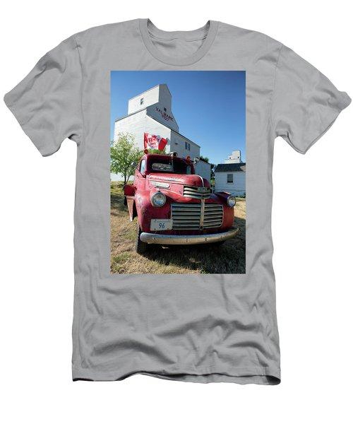 Val Marie, Sk Men's T-Shirt (Athletic Fit)