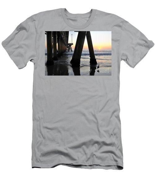 Venice Pylong Bird Men's T-Shirt (Athletic Fit)