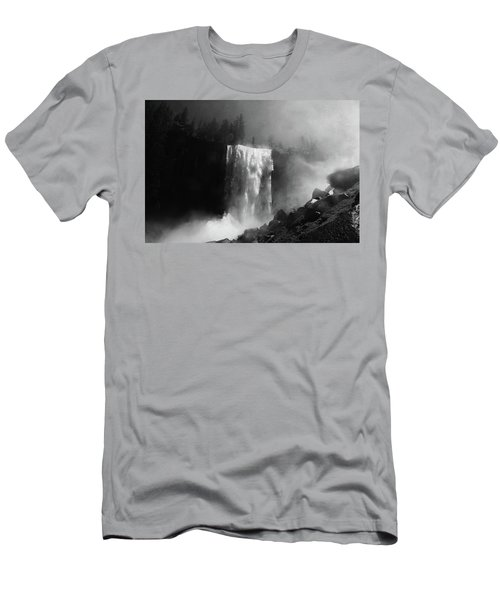 Vernal Fall And Mist Trail Men's T-Shirt (Athletic Fit)