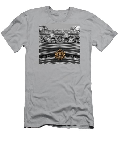 Victoria Tower Low Angle London Men's T-Shirt (Athletic Fit)