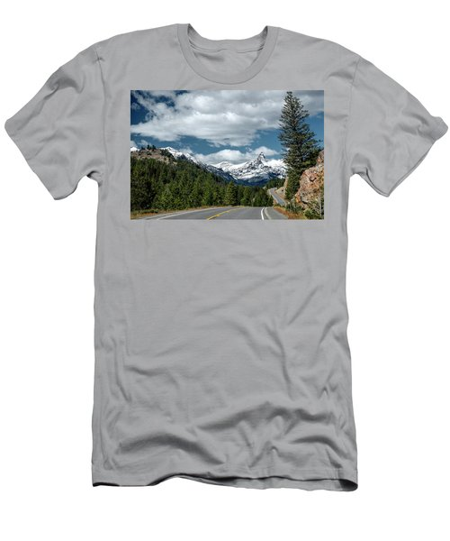 View Of The Pilot Peak From Highway 212 Men's T-Shirt (Athletic Fit)