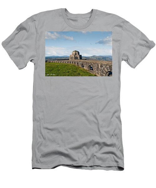 Vista House At Crown Point Men's T-Shirt (Athletic Fit)