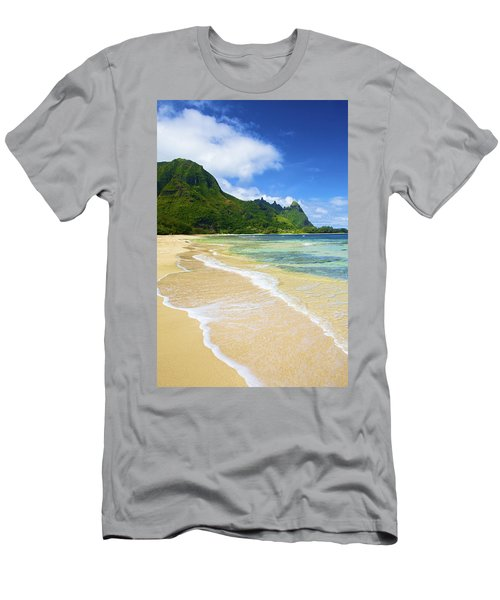 Vivid Tunnels Beach Men's T-Shirt (Athletic Fit)