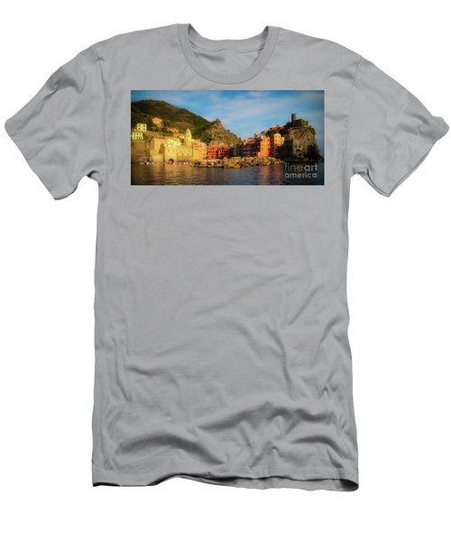 Welcome To Vernazza Men's T-Shirt (Athletic Fit)