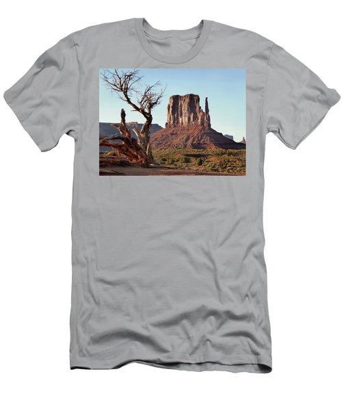West Mitten Butte Men's T-Shirt (Athletic Fit)