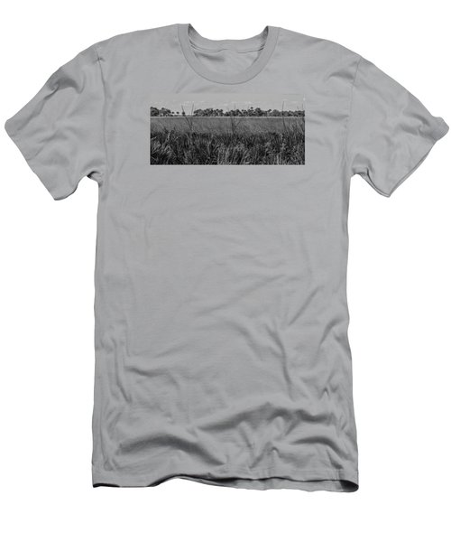 White Tail Deer Men's T-Shirt (Athletic Fit)