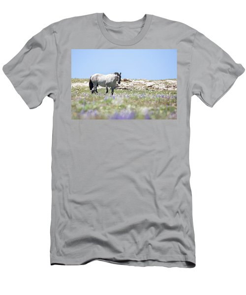 Wildflowers And Mustang Men's T-Shirt (Athletic Fit)