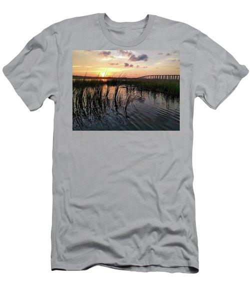 Winding Wando Men's T-Shirt (Athletic Fit)