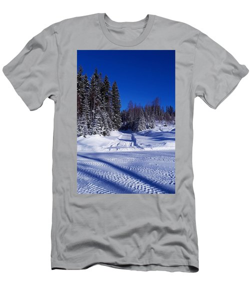Winter Day Men's T-Shirt (Athletic Fit)