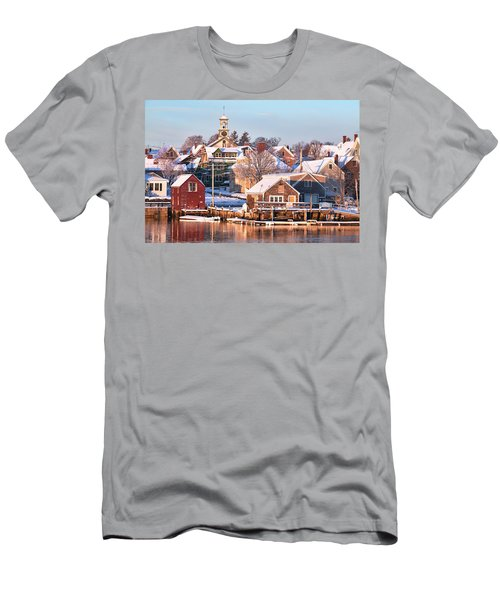 Winter Snowfall In Portsmouth Men's T-Shirt (Athletic Fit)