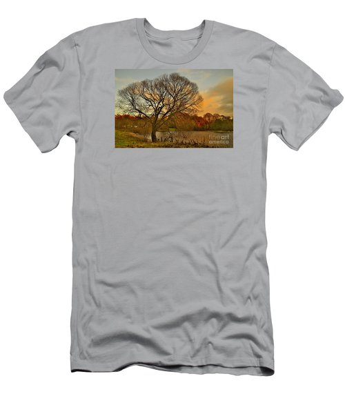 Winter Tree On The River Tweed Men's T-Shirt (Athletic Fit)