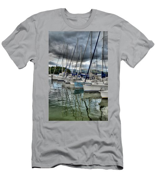 Yachts On Lake Windermere Men's T-Shirt (Athletic Fit)