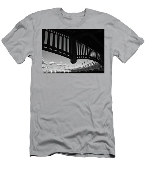 Yankee Stadium Facade - B And W Men's T-Shirt (Athletic Fit)