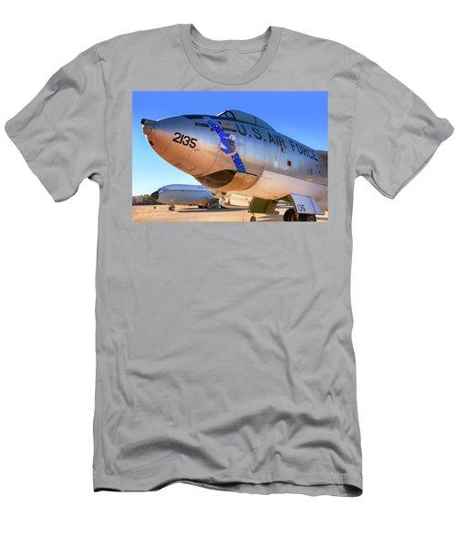 Boeing B47 Sac Bomber Men's T-Shirt (Athletic Fit)