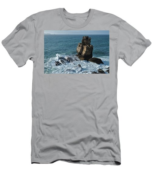 Nau Dos Corvos Men's T-Shirt (Athletic Fit)