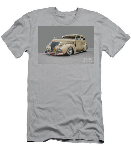 1939 Chevrolet Master Deluxe Men's T-Shirt (Athletic Fit)