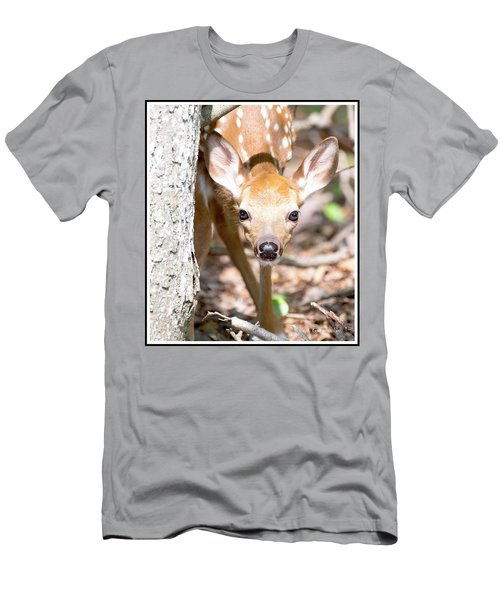 White-tailed Deer Fawn, Animal Portrait Men's T-Shirt (Athletic Fit)