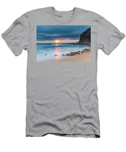 Sunrise Seascape And Cloudy Sky Men's T-Shirt (Athletic Fit)