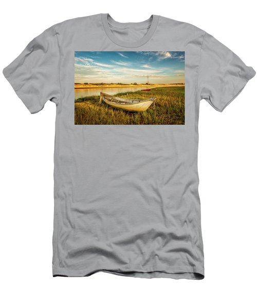 Ashore Men's T-Shirt (Athletic Fit)