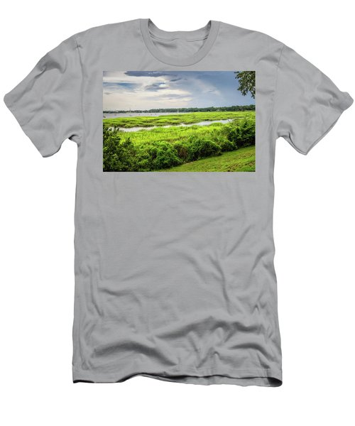 Bay Street View Men's T-Shirt (Athletic Fit)