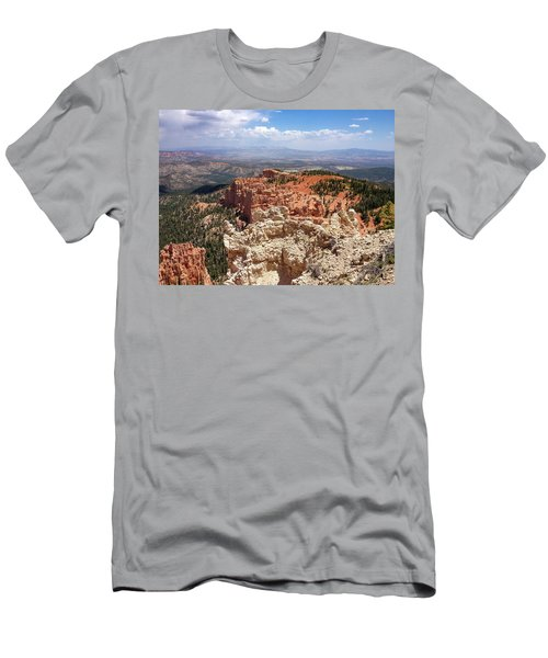 Bryce Canyon High Desert Men's T-Shirt (Athletic Fit)