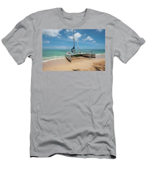 Catamaran On Waikiki Men's T-Shirt (Athletic Fit)