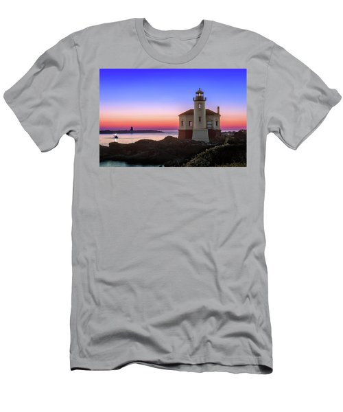 Crab Boat At The Bandon Lighthouse Men's T-Shirt (Athletic Fit)