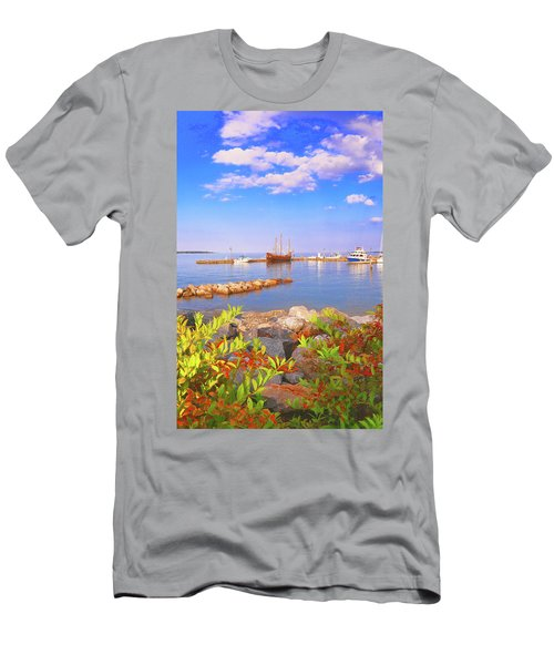 Evening At The York River In Yorktown Virginia Men's T-Shirt (Athletic Fit)