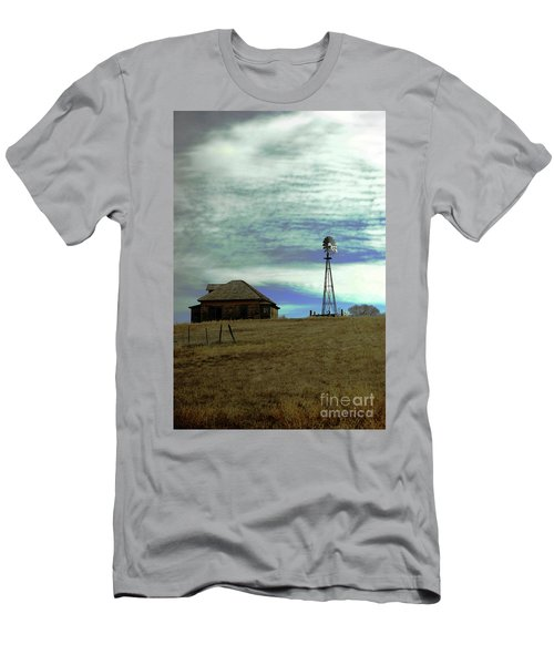 Farm House And Windmill Men's T-Shirt (Athletic Fit)