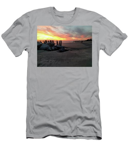 Fort Moultrie Sunset Men's T-Shirt (Athletic Fit)