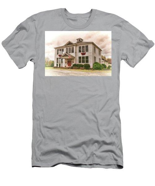 Hamilton High School In Cumberland County Virginia Men's T-Shirt (Athletic Fit)