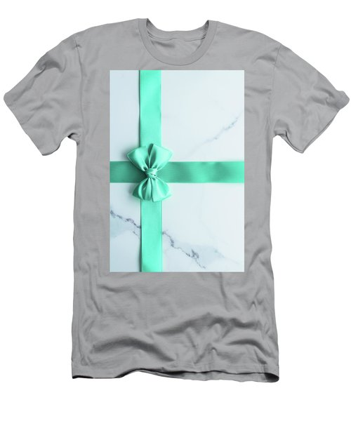 Hello Holiday I Men's T-Shirt (Athletic Fit)