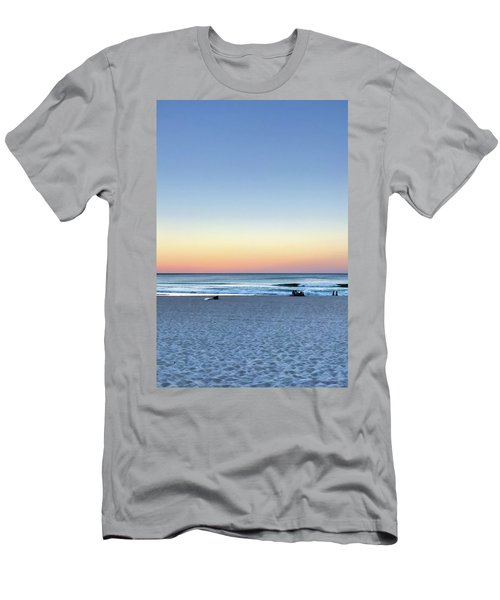 Horizon Over Water Men's T-Shirt (Athletic Fit)