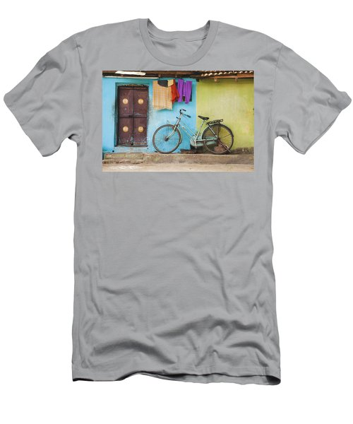 Indian Bicycle Men's T-Shirt (Athletic Fit)