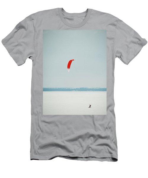 Kite Skiing 2 - Madison - Wiscosiin Men's T-Shirt (Athletic Fit)