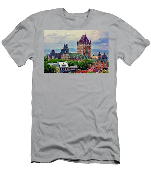 Le Chateau Frontenac Men's T-Shirt (Athletic Fit)