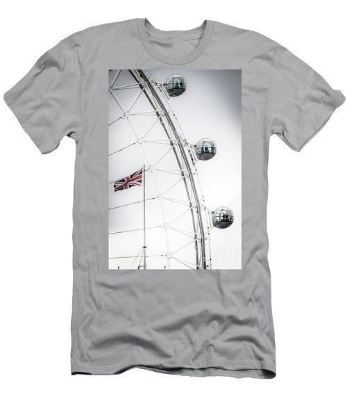 London Eye And Union Jack Men's T-Shirt (Athletic Fit)