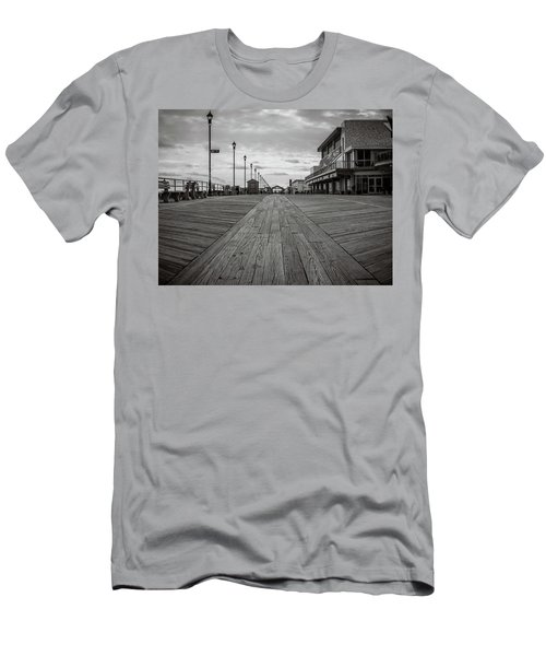 Low On The Boardwalk Men's T-Shirt (Athletic Fit)