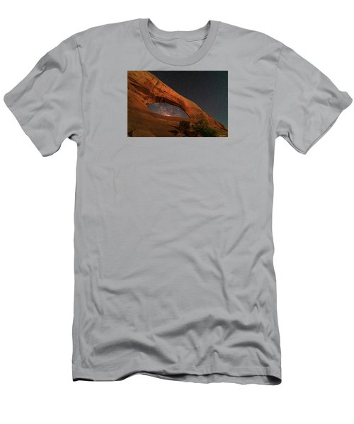 Milky Way Framed By Wilson Arch Men's T-Shirt (Athletic Fit)