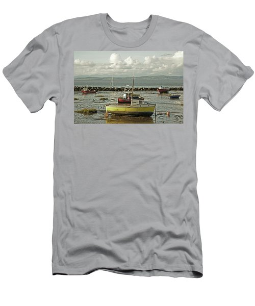 Morecambe. Boats On The Shore. Men's T-Shirt (Athletic Fit)