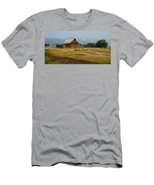 Mormon Barn Men's T-Shirt (Athletic Fit)