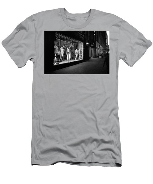 Men's T-Shirt (Athletic Fit) featuring the photograph New York, New York 12 by Ron Cline