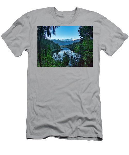 New Zealand Alps 3 Men's T-Shirt (Athletic Fit)