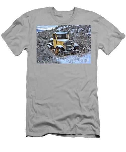 Old Yellow Truck Men's T-Shirt (Athletic Fit)