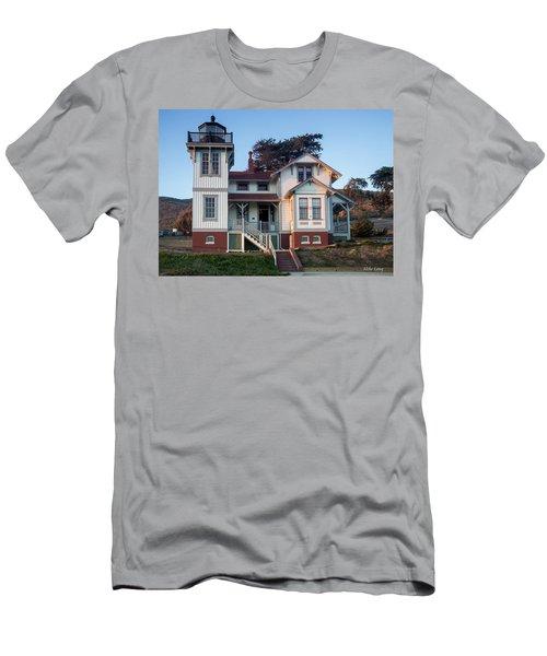 Port San Luis Lighthouse Men's T-Shirt (Athletic Fit)