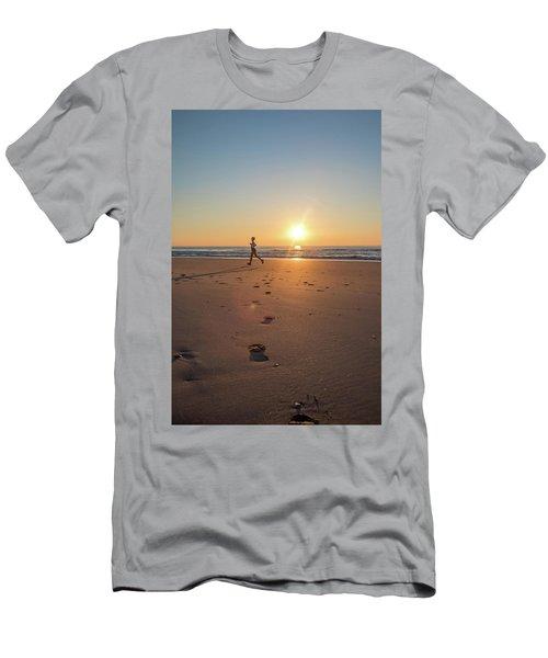 Run Free Men's T-Shirt (Athletic Fit)