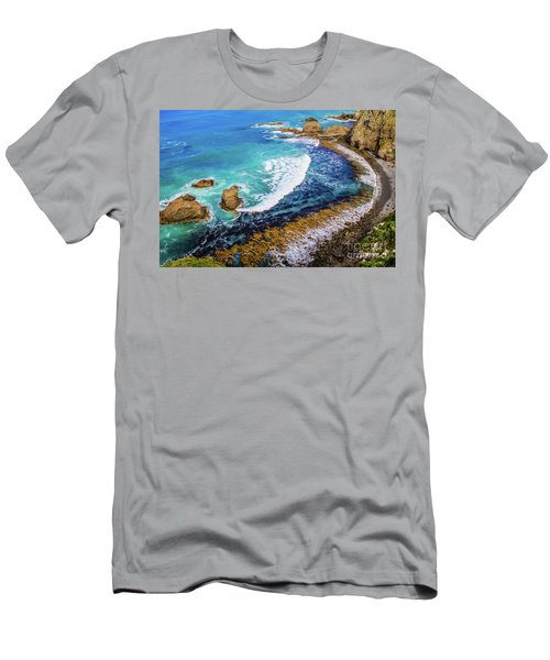 Roaring Bay At Nugget Point Men's T-Shirt (Athletic Fit)