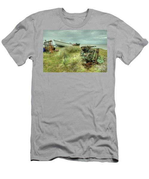 Sizewell Boat Winch  Men's T-Shirt (Athletic Fit)