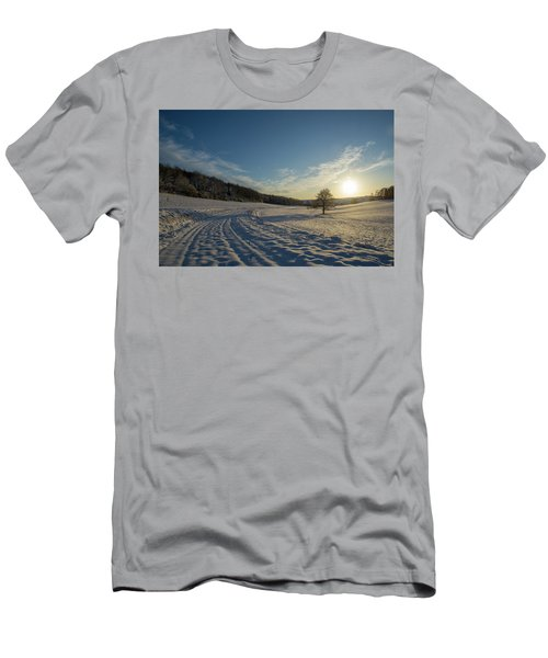 Snow And Sunset Men's T-Shirt (Athletic Fit)